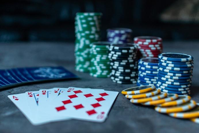 imagen sobre como ayudar a un adicto al juego
