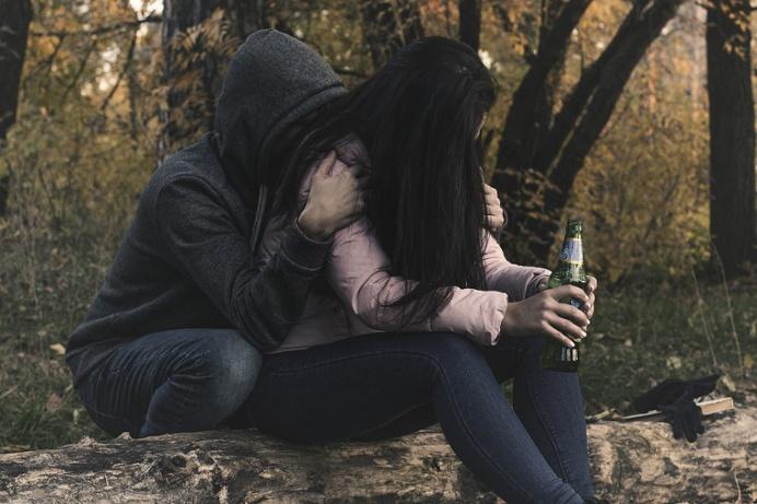 imagen de que hacer si mi pareja es alcohólica