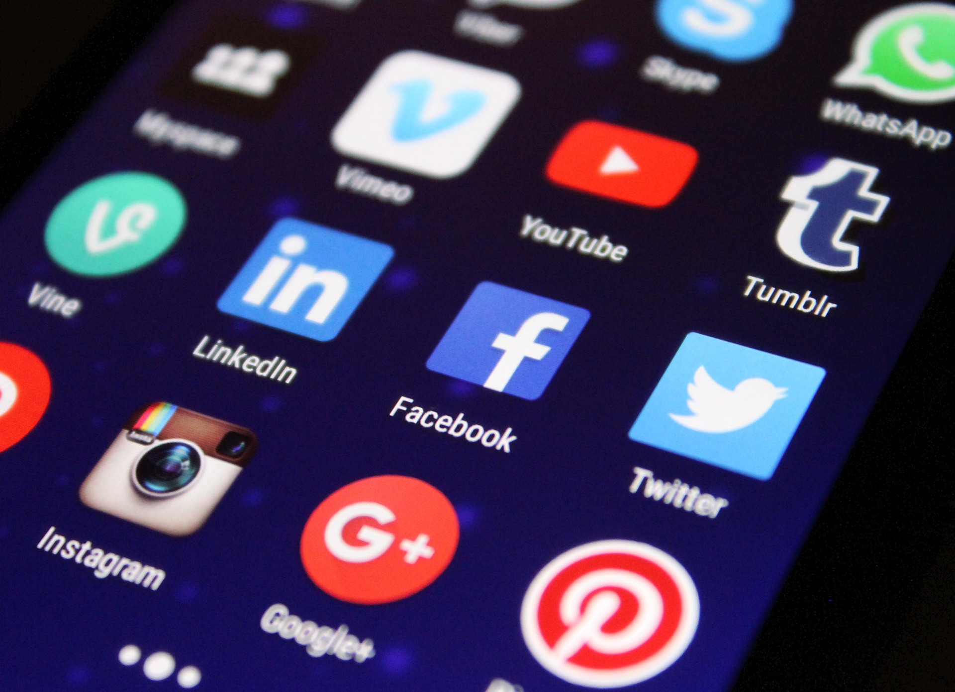 imagen sobre la adicción a las redes sociales