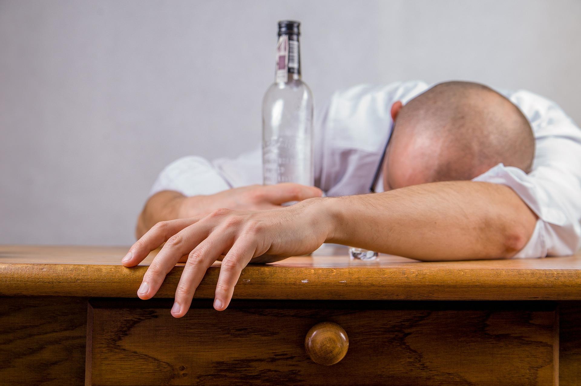 imagen sobre las etapas del alcoholismo