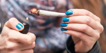 ¿Porqué la marihuana es adictiva?