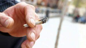 como dejar de fumar porros - humo